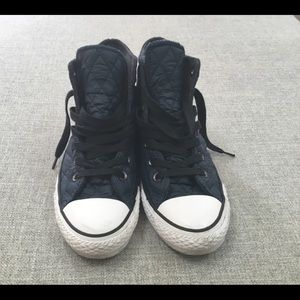 Converse navy blue quilted hi top sneakers 7